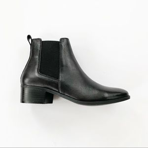 Steve Madden Dover Black Leather Chelsea Boot 7